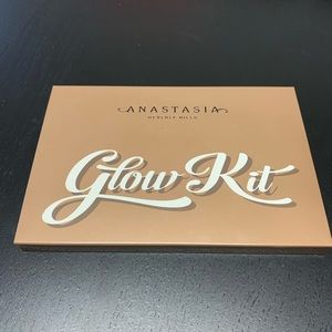 Anastasia Beverly Hills - Ultimate Glow Kit